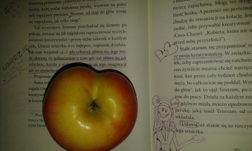 jabłko w kształcie serca w szpitalu